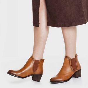 Pikolinos Andorra Brandy Leather Chelsea bootie